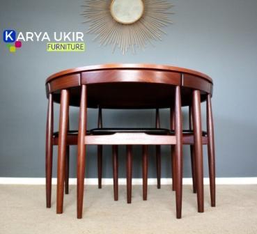 Jual Meja makan hemat ruangan atau yang biasa disebut dengan meja makan untuk tempat sempit bentuk bulat dengan bahan kayu jati TPK Perhutani