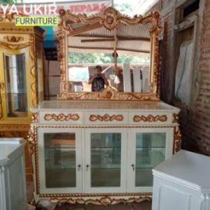 Jual Bufet hias mewah atau yang biasa disebut dengan bufet kaca cermin yang terbuat dari bahan kayu jati buatan kota Jepara harga paling murah