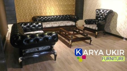 Jual Sofa Chester modern adalah salah satu jenis kursi ruang tamu dengan desain mewah dan menarik dengan bahan material kayu jati harga murah