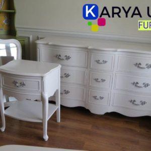Bufet minimalis modern dengan bahan material kayu jati ini adalah sebuah furniture untuk menghias ruang tamu maupun keluarga