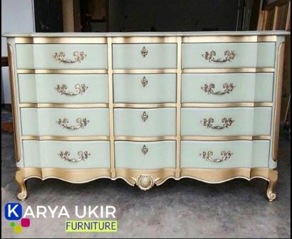 Jual Bufet modern dengan bahan material kayu jati atau yang biasa disebut dengan bufet tv murah yang ditawarkan oleh perusahaan karya ukir furniture