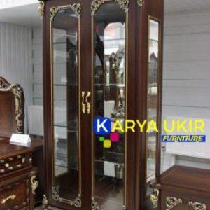 Jual lemari hias Jepara atau yang biasa disebut dengan lemari pajangan minimalis yang terbuat dari bahan material kayu jati berkualitas tinggi
