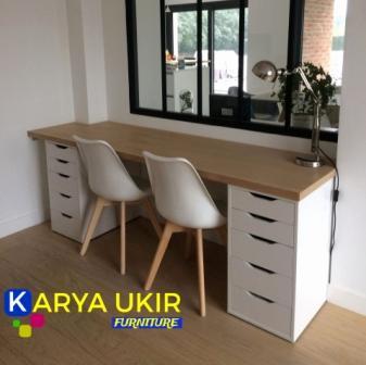 Meja kerja minimalis Jakarta atau yang biasa disebut dengan meja kantor modern kayu jati TPK Perhutani harga murah