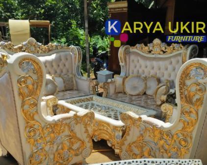 Daftar toko furniture Cianjur yang menjual kursi tamu meja makan tempat tidur sampai dengan lemari hias Jati kualitas terbaik harga murah