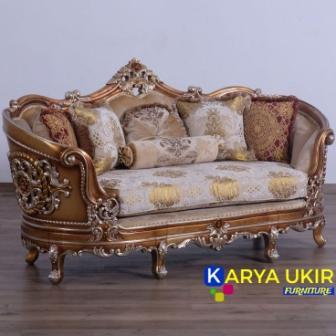 Sofa Jakarta modern dengan desain ukiran khas kota Jepara atau yang biasa disebut dengan set sofa ruang tamu modern mewah kayu jati